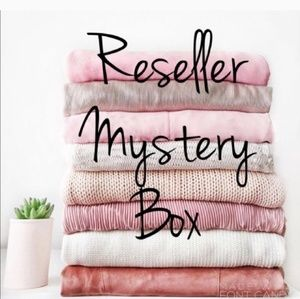Reseller Mystery Box 4 Items for 9$  $50+ value